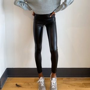 "ARITZIA ""Wilfred"" Daria Ankle Vegan Leather Pant"